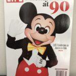 アメリカ「LIFE」雑誌にミッキーデビュー90周年特集